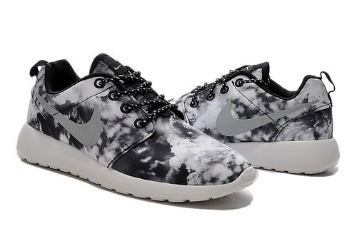 Nike Roshe Run Womens Cloud Black And White Discount Code